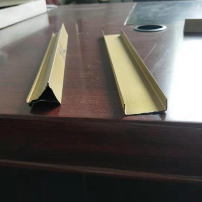 南京莱运琪厂家批发不锈钢三角龙骨集成吊顶专用龙骨防锈三角龙骨