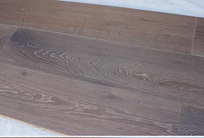 橡木烟熏耐磨地板 厂家供应橡木实木加长加宽地板橡木多层实木