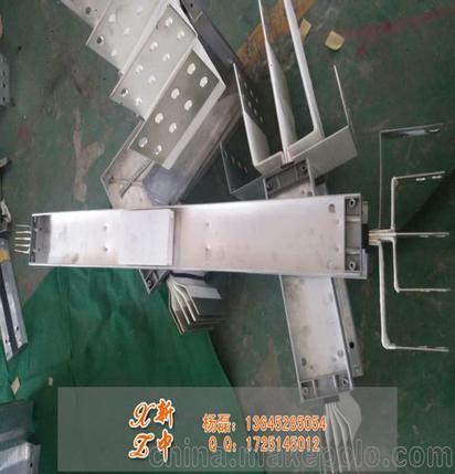 母线槽垂直弯始端 复杂输配电场所母线槽走向路线设计