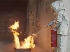 新型灭火器PK传统灭火
